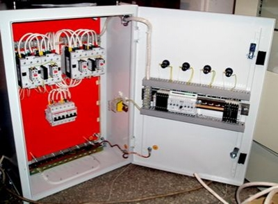 Automatic power backup switching device (APPR)